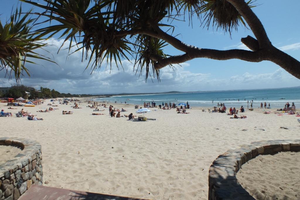 Центральный пляж. Noosa.