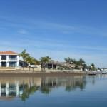 Дома и каналы Newport