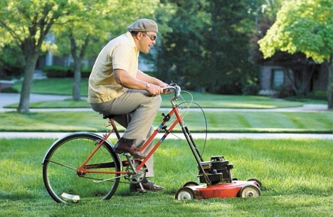 funny lawn mowing picture